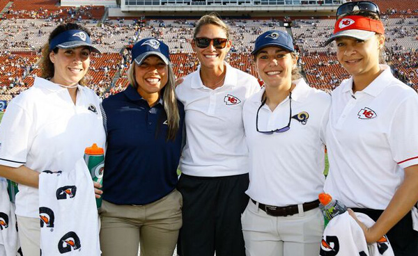 women athletic trainers in the nfl Scott nelson, senior associate athletics director, executive director of the sun   john anderson, associate athletic trainer (mbb, men's and women's tennis) .